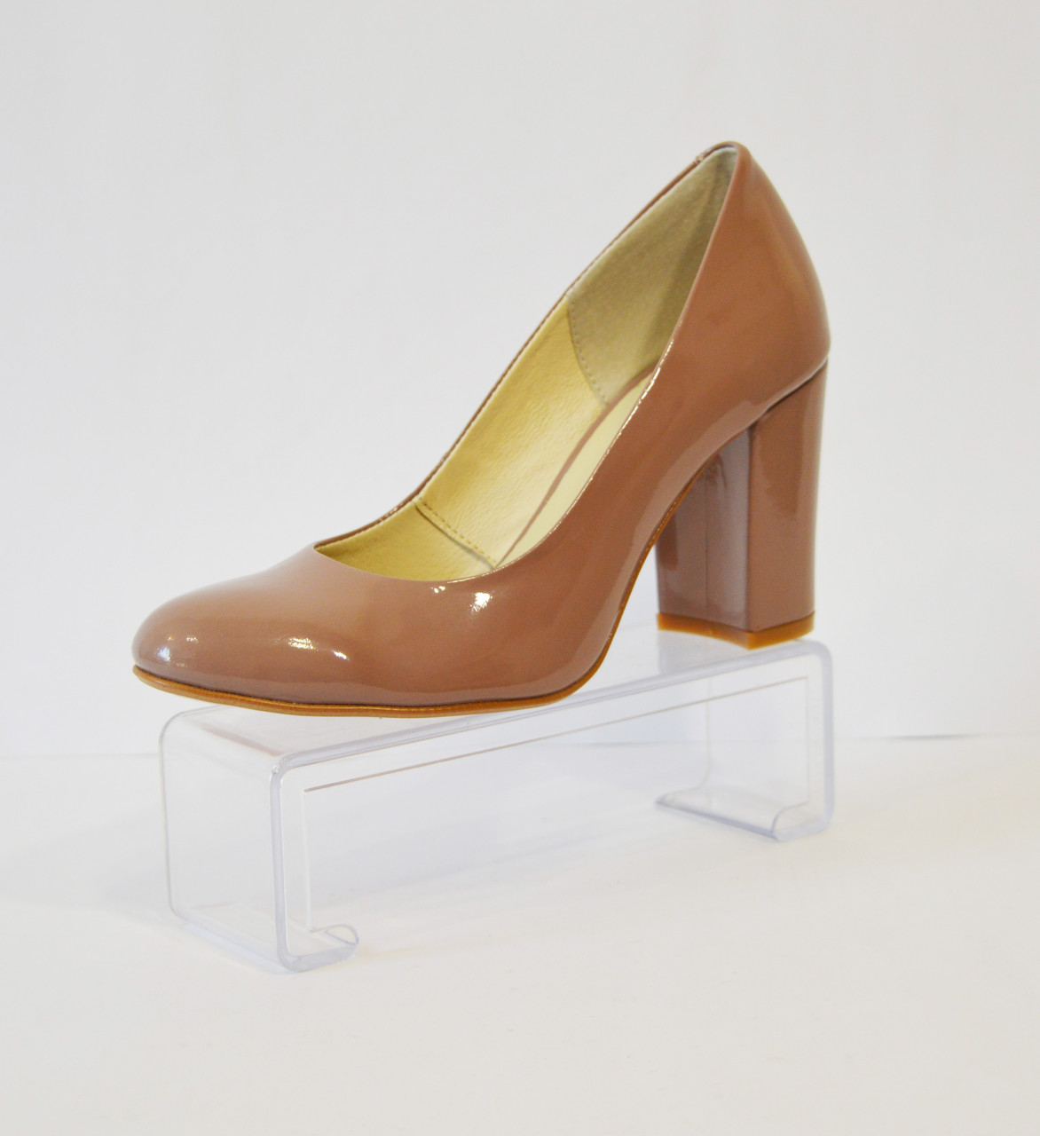 Туфли женсие какао лаковые Nivelle 1527