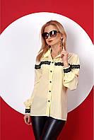 Молодежная блуза рубашка в классическом стиле украшенная черным кружевом