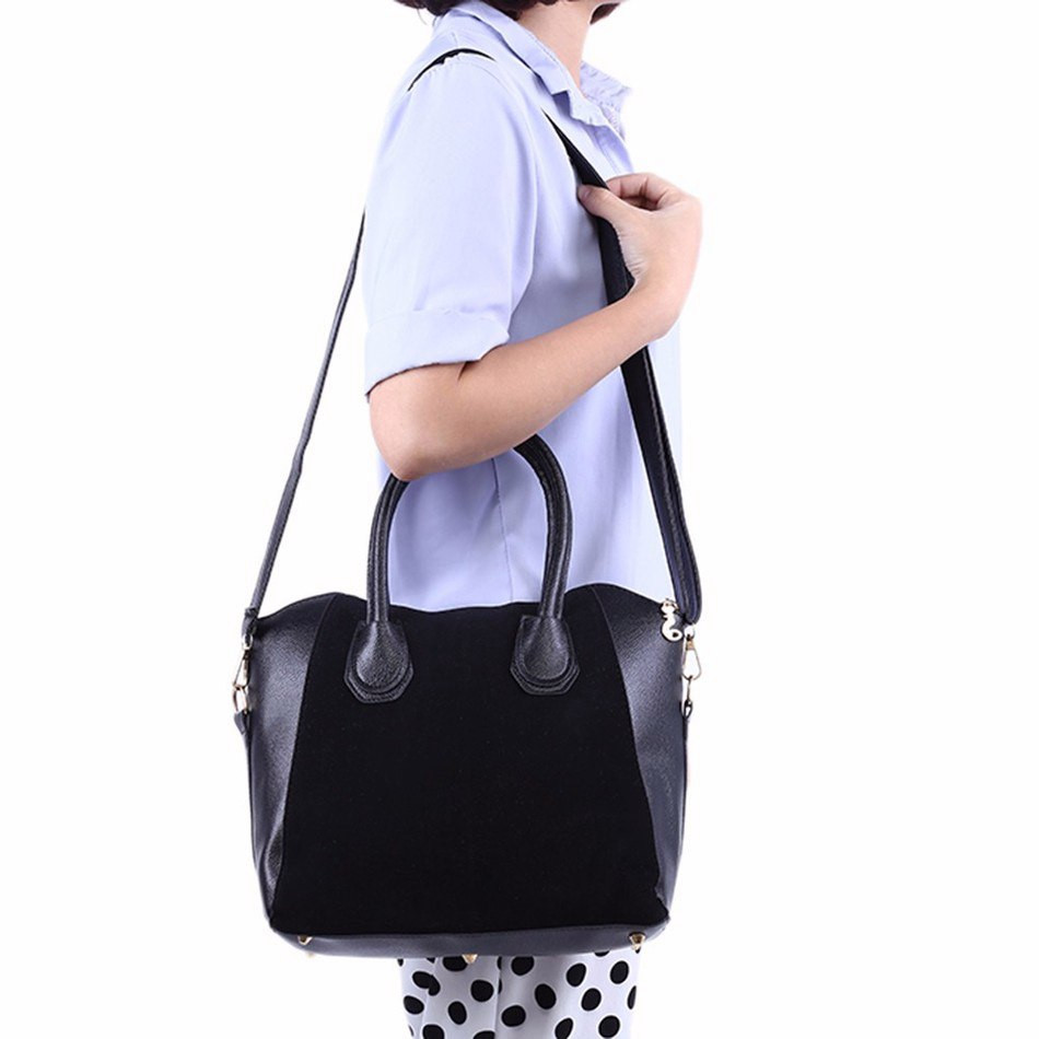 Женская сумка черная со вставками замши