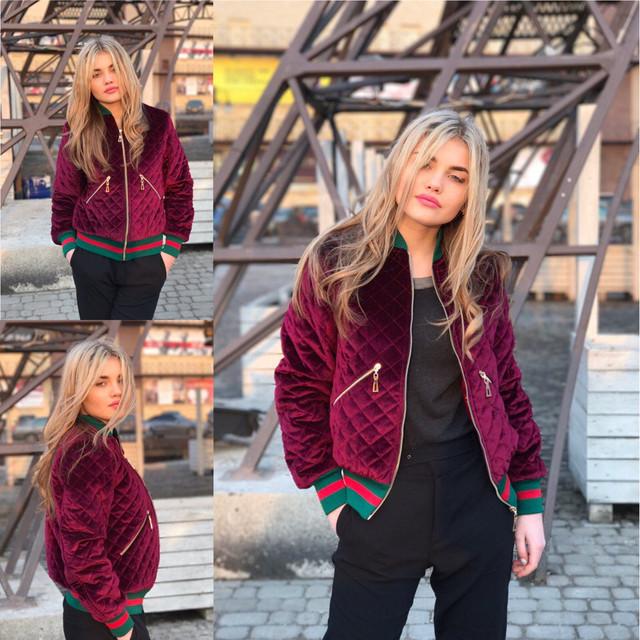 Смотрите больше модной одежды на нашем сайте  http   shoppingood.com.ua g9385894-modnaya-stilnaya-zhenskaya. Куртка бомбер  из бархата ... 2fd027a909f