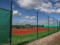 Сетка Рабица ТМ Казачка с полимерным покрытием 45*2,8 ТМ Казачка для ограждения теннисных кортов.