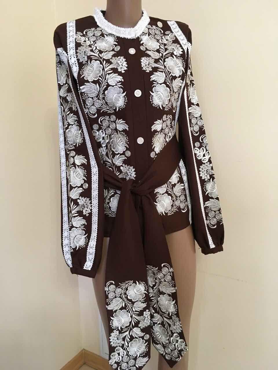 Дизайнерська вишита сорочка на домотканому полотні розмір 46 (L ... 5cb5a93a46f50
