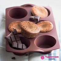Силиконовая форма для кап-кейков Tupperware в коричневом цвете