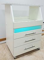 Косметологическая тележка с бактерицидной лампой
