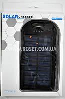Портативное зарядное устройства на солнечной батарее - Power Bank UKC Solar Charger + CREE LED 28000mAh