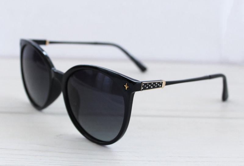 Утонченные солнцезащитные женские очки