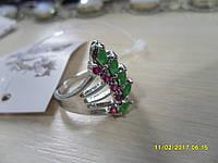 Кольцо с натуральными камнями индийские изумруды и рубины в серебре.