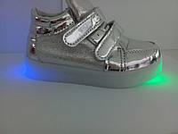 Ботиночки с подсветкой для девочки