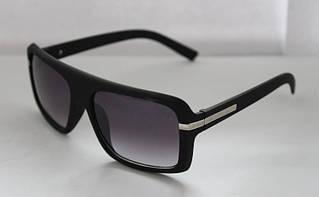 Брутальные мужские солнцезащитные очки