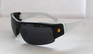 Интересные спортивные мужские солнцезащитные очки