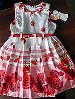 Платье нарядное с цветочным рисунком на девочку