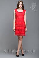 Платье летнее  с кружевом длина по колено без рукава