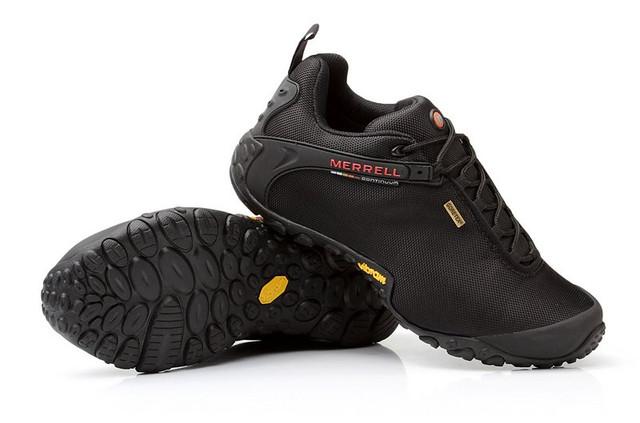 Демисезонные женские кроссовки Merrell Continuum Goretex