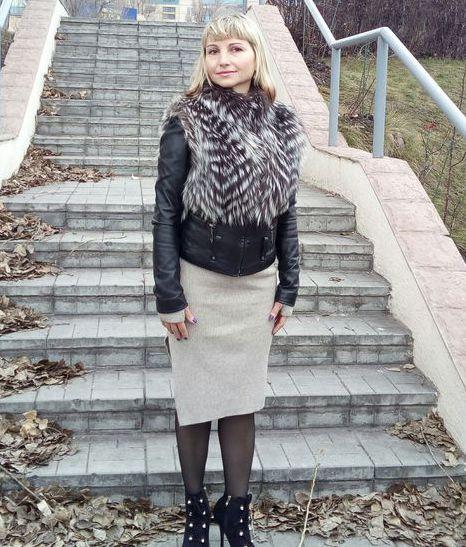 Куртка-трансформер из кожи чёрного цвета с мехом чернобурки 58 см
