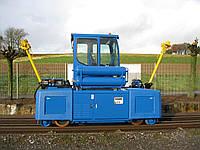 Маневровый рельсовый тягач E-MAXI