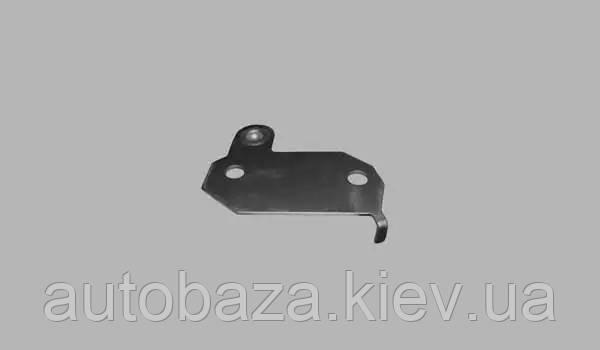 Пластина подрамника левая T11-2906015