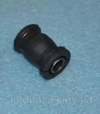 Сайлентблок рычага переднего передний T21-2909070