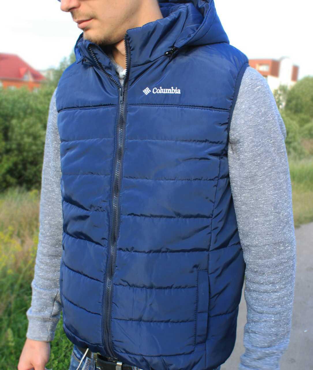 Демисезонная дешевая мужская жилетка с воротником-стойкой и капюшоном синий, M