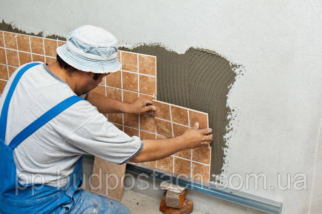 Мокрий спосіб кріплення монтажу фасадної плитки