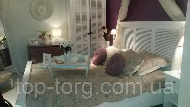 Интеьер уютной спальни в стиле пованс.