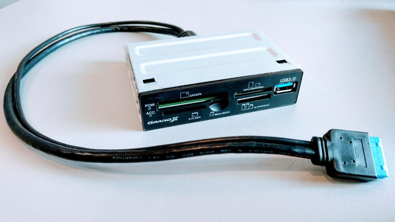 """Кардридер 3.5"""" USB 3.0 Grand-X CRX55."""