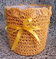 Кашпо-корзинка круглой формы вязаная ручной работы для цветочных композиций