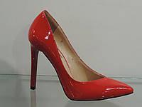Туфли красные женские лаковые натуральные на шпильке