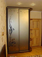 Шкаф купе с консолью и рисунком на зеркале бронза(100*45*240)