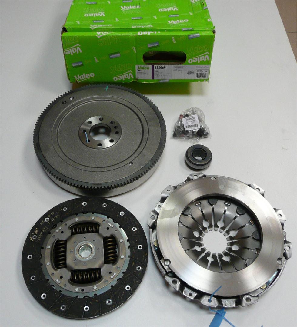 Маховик + Комплект сцепления + выжимной Fiat Scudo 1996-2007 2.0D/HDI (88кВт) VALEO