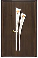 Межкомнатная полуторая (двустворчатая) дверь МОДЕРН ЛИЛИЯ стекло Р1, покрытие: экошпон и ПВХ