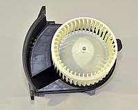 Моторчик печки на Renault Kangoo II  2008-> — Renault (Оригинал) 77 01 068 976
