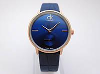 Часы женские - CK Calvin Klein в золотом цвете, синий циферблат