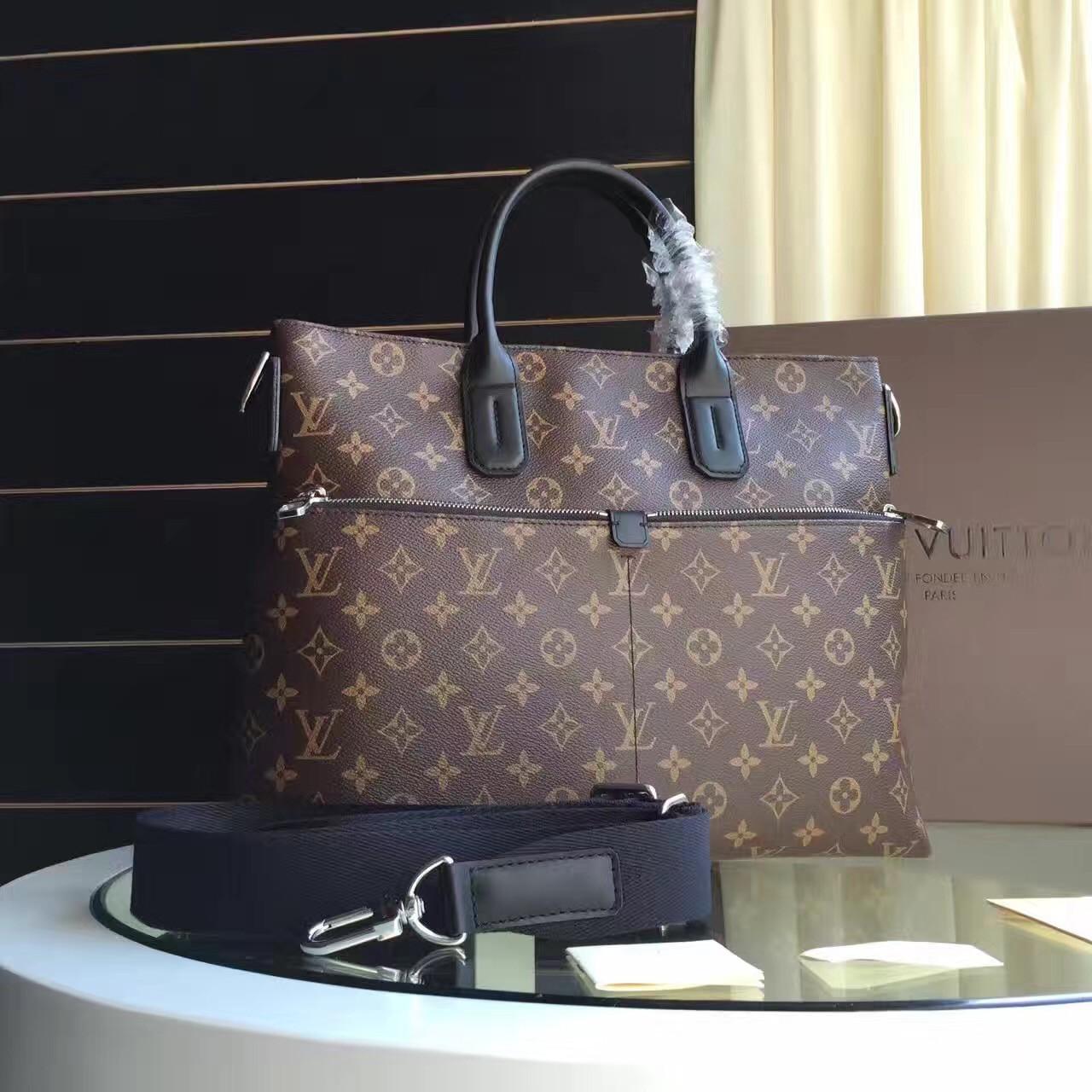 Сумка мужская - Louis Vuitton 7 Days a Week