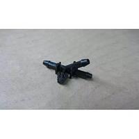 Трійник трубки склоомивача B11-5207141