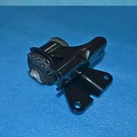 Подушка двигуна ліва T21-1001110