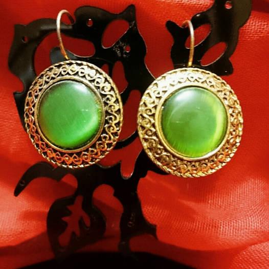 Сережки круглые с  камнем Кошачий глаз