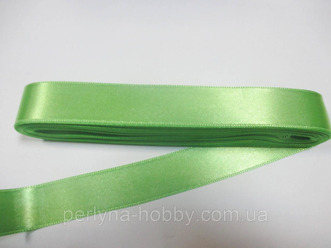 Стрічка атласна  двостороння 2 см ( 10 метрів) салатова Н-02-70