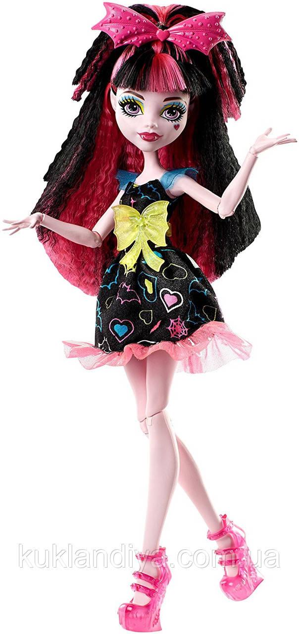 Кукла Monster High Электризованные Дракулаура