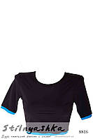 Спортивный топ-футболка черный голубой кант