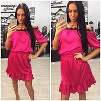 Летнее шелковое платье с открытыми плечами и кружевом p-6131438