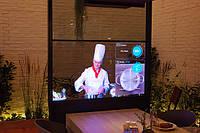 Прозрачные высококонтрастные экраны Panasonic