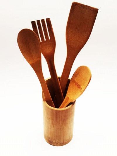 Кухонный набор из дерева