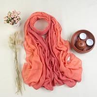 Модный женский легкий весенний шарф кораллового оттенка