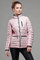 Модная весенняя куртка на кнопках свет розового цвета