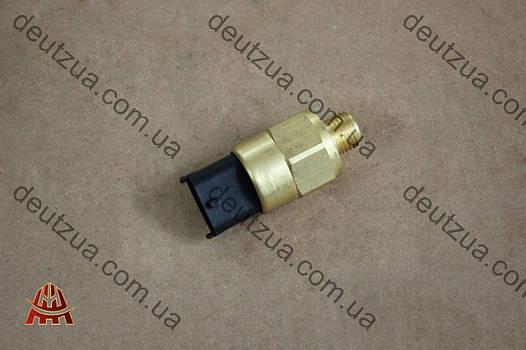 Датчик давления масла Deutz (Дойц) 1013, 1012 (01182792)