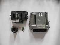Блок управления двигателем 2,0, иммобилайзер, чип ключа, блок комфорта (Комплект) на Trafic, Vivaro, Primastar