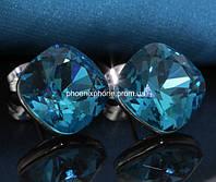 Серьги в миниатюрном дизайне с яркими австрийскими кристаллами, покрытые золотом (203681)