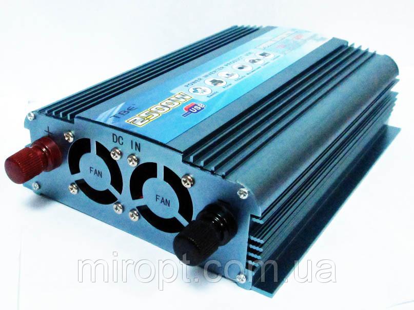 Перетворювач напруги 2500W 12/220В (інвертор)