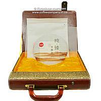 Чай Пуэр Шен Булан Шань Элитный Коллекционный 2015 года подарочный в чемодане прессованный 357г