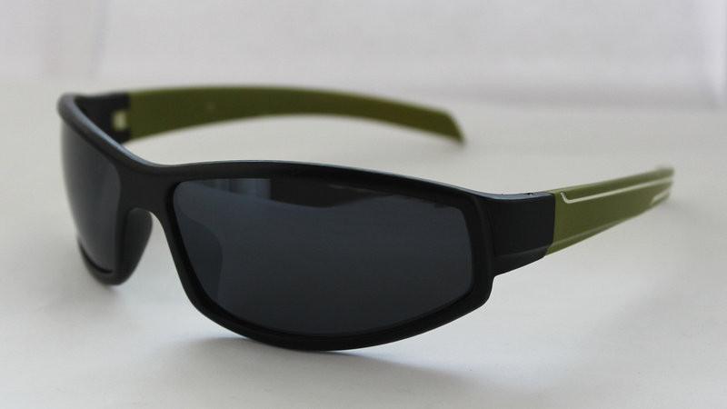 Оригинальные вело солнцезащитные очки для мужчин с зелеными дужками